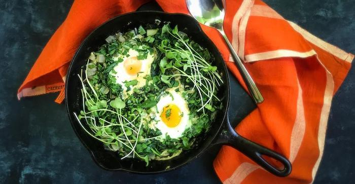 VERY GREEN SHAKSHUKA